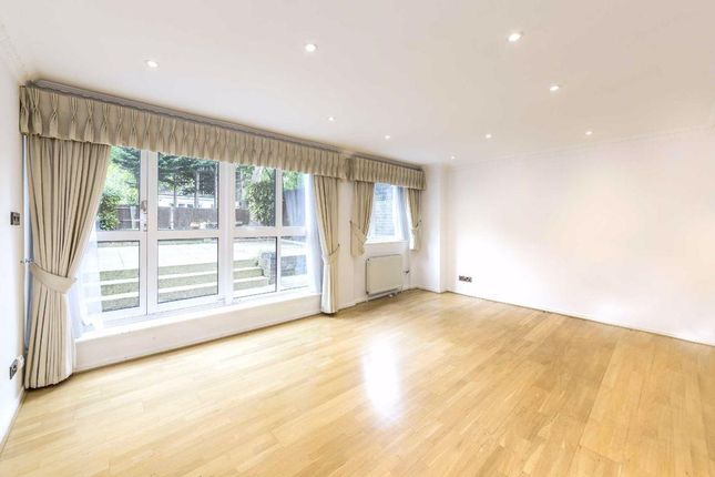 Property to rent in Loudoun Road, St Johns Wood