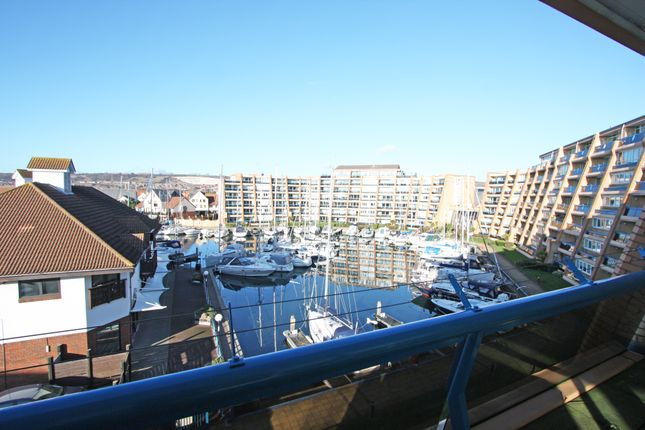 Thumbnail Flat to rent in Oyster Quay, Port Solent, Hampshire