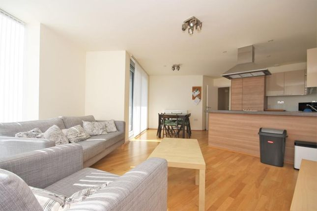 3 bed flat to rent in Vertex Tower, Greenwich