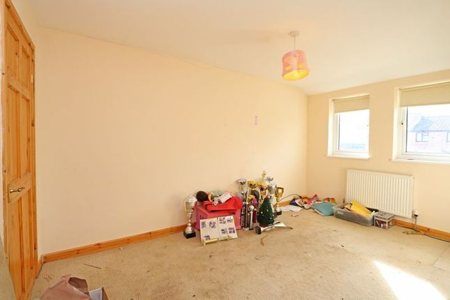 Bedroom 1 of Loriner Place, Downs Barn, Milton Keynes MK14