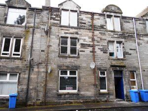 Thumbnail Flat to rent in William Street, Dunfermline