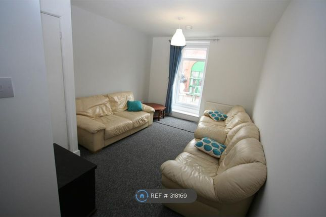 Thumbnail Terraced house to rent in Albert Road, Southsea