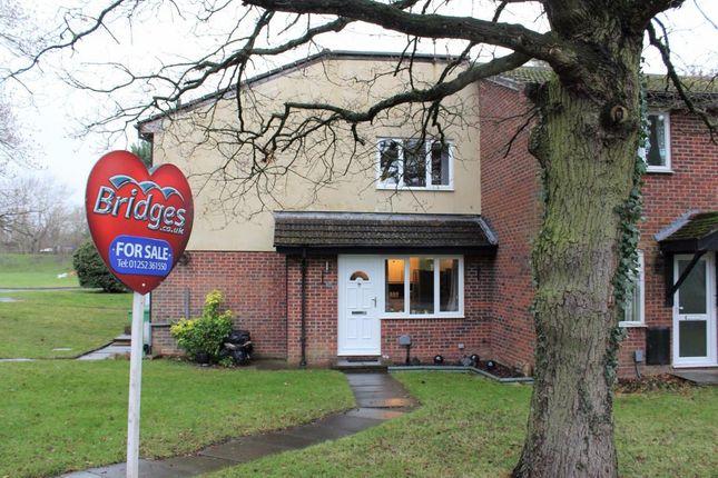 Thumbnail Terraced house for sale in Kingfisher Close, Farnborough