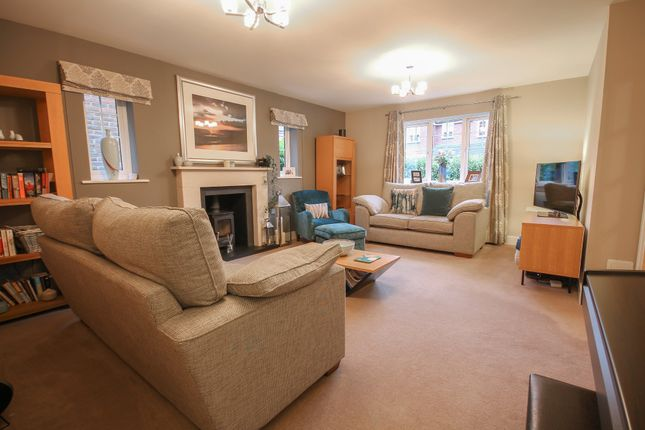 Thumbnail Detached house for sale in Birch Grove, Felbridge, East Grinstead