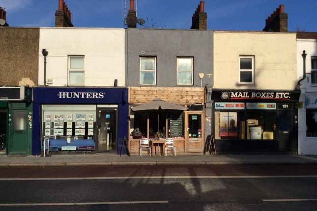 Thumbnail Restaurant/cafe for sale in Trafalgar Road, London