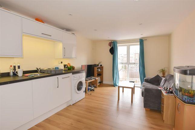 Thumbnail Flat to rent in Clifton, York