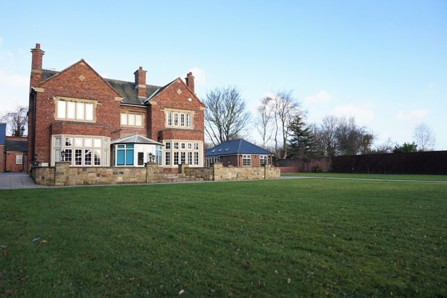 Thumbnail Detached house for sale in York Road, Doncaster