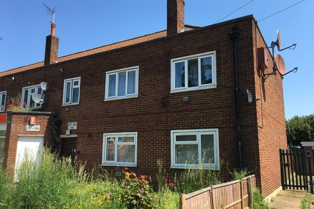 Thumbnail Flat for sale in Beavers Lane, Hounslow