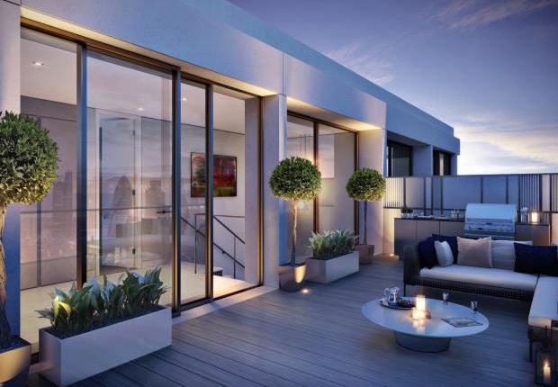 Thumbnail Flat for sale in Alexander Wharf, London Dock