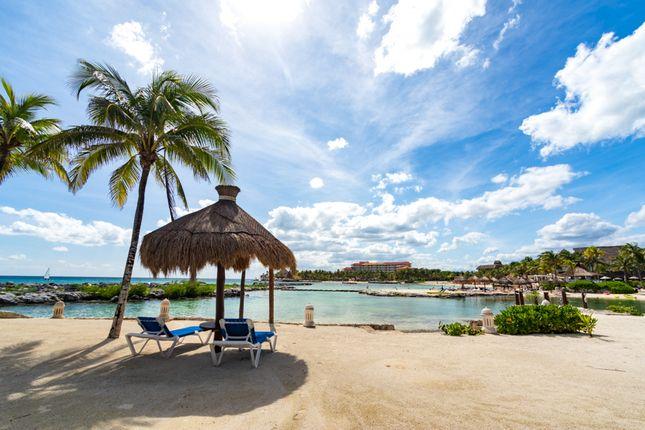 Thumbnail Apartment for sale in Beachfront Condo, Playa Del Carmen, Mexico