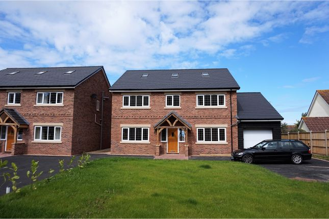 Thumbnail Detached house for sale in Hopcott Road, Minehead