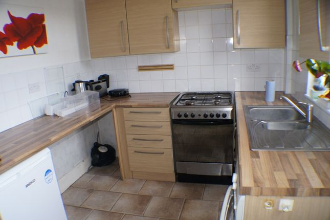 Thumbnail Terraced house to rent in Daisy Street, Bradford