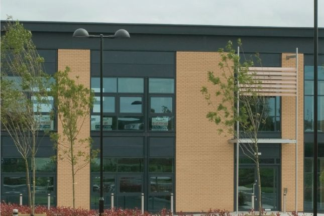 Thumbnail Office to let in Mere Grange, St Helens