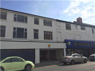Thumbnail Retail premises to let in 28 West Parade, Rhyl, Denbighshire