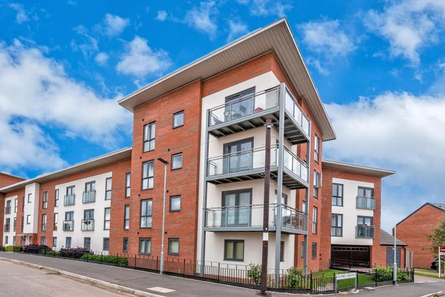 Thumbnail Flat for sale in Columbia Crescent, Akton Gate, Wolverhampton