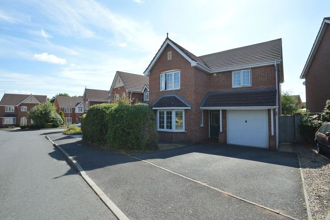 Thumbnail Detached house for sale in Hoveton Close, Greenlands, Redditch