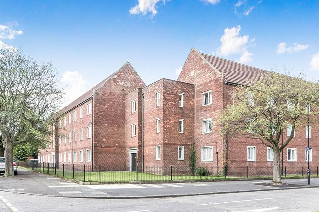 Thumbnail Flat to rent in Kirkley Lodge Park Avenue, Gosforth, Newcastle Upon Tyne