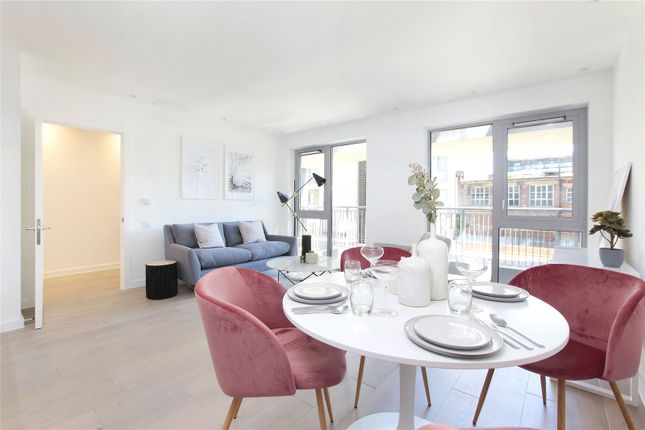 Flat in  Constance Court   Chatfield Road  Battersea  London S Fulham
