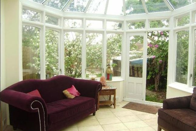 Thumbnail Room to rent in Manor Road, Gidea Park, Romford