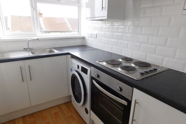 1 bed flat to rent in Lawrence Road, Southsea
