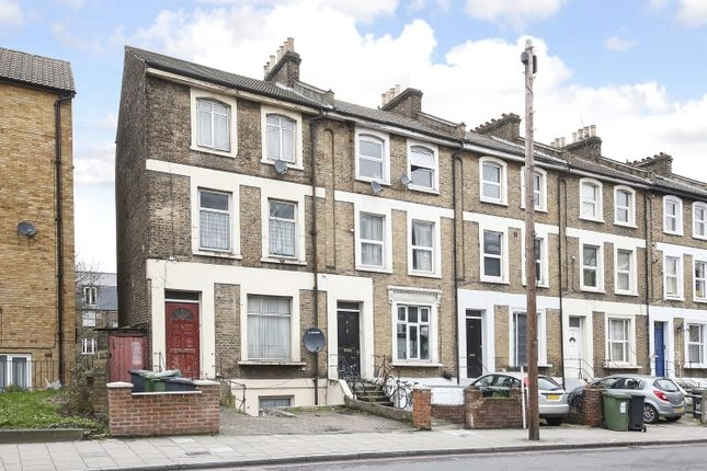 Flat for sale in Parkfield Road, London