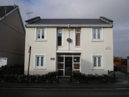 Thumbnail Flat to rent in St. Martin's Court, New Road, Porthcawl