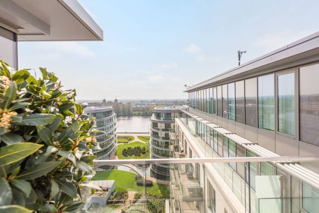 Thumbnail Flat for sale in Fulham Reach, Hammersmith, London