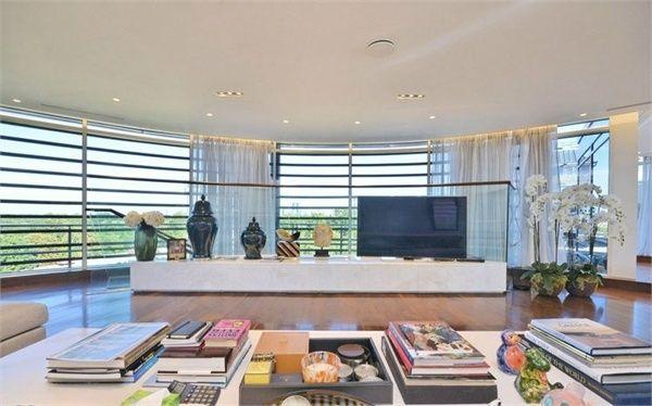 Primrose Apartments On John West