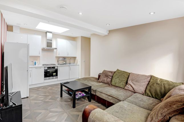 Thumbnail Bungalow for sale in Cowper Road, London