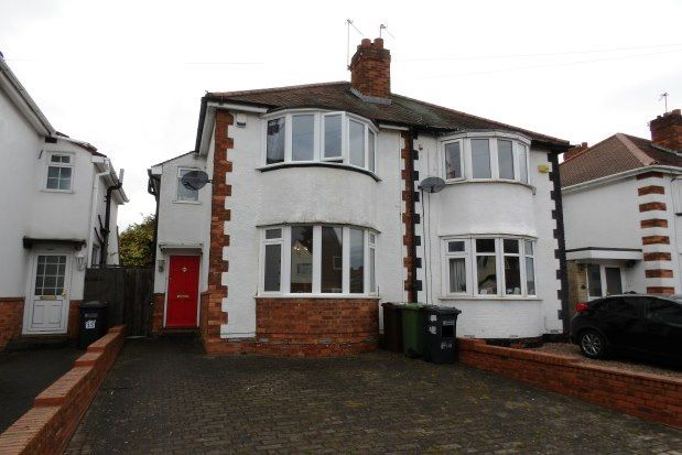 3 bed property to rent in Howard Road, Solihull B92