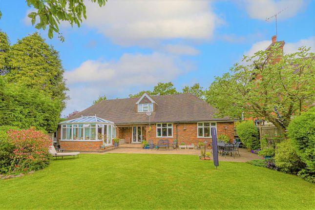 Thumbnail Property for sale in Meadow Way, Hemel Hempstead