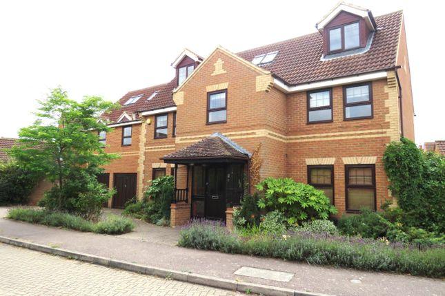 Thumbnail Detached house to rent in Farjeon Court, Old Farm Park, Milton Keynes