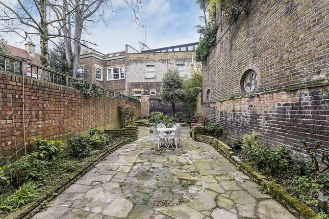 Garden of Brompton Square, London SW3