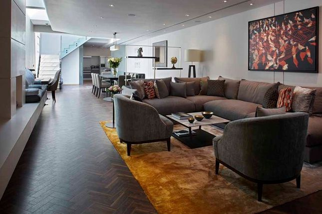 Thumbnail Town house to rent in Cheval Place, London