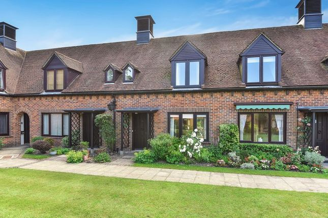 Thumbnail Cottage for sale in Atwater Court, Lenham, Maidstone
