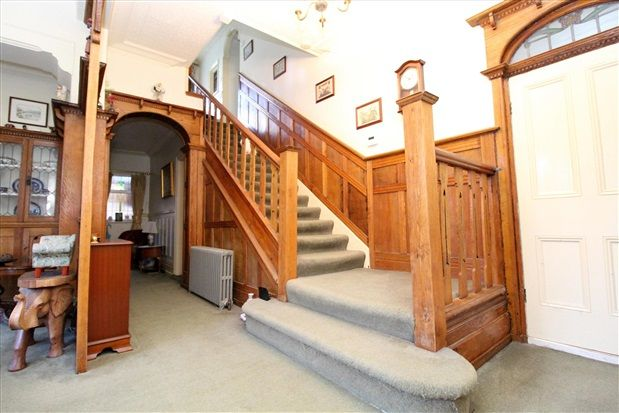 Hall And Stairs of Waterloo Road, Southport PR8