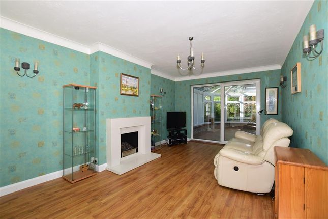 Lounge of Green Curve, Banstead, Surrey SM7