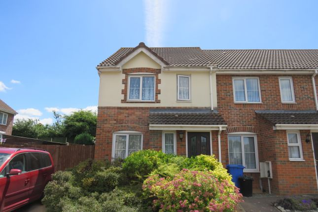 Thumbnail Property to rent in Olivine Close, Sittingbourne