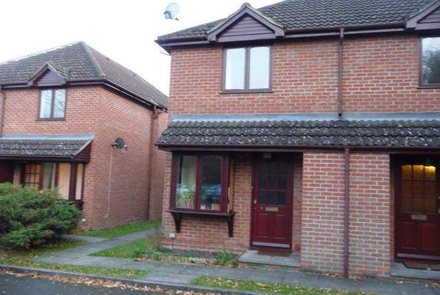 Thumbnail Property to rent in Oak View, Finchampstead Road, Wokingham