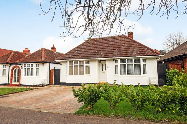 Thumbnail Detached bungalow for sale in Redhoods Way West, Letchworth Garden City