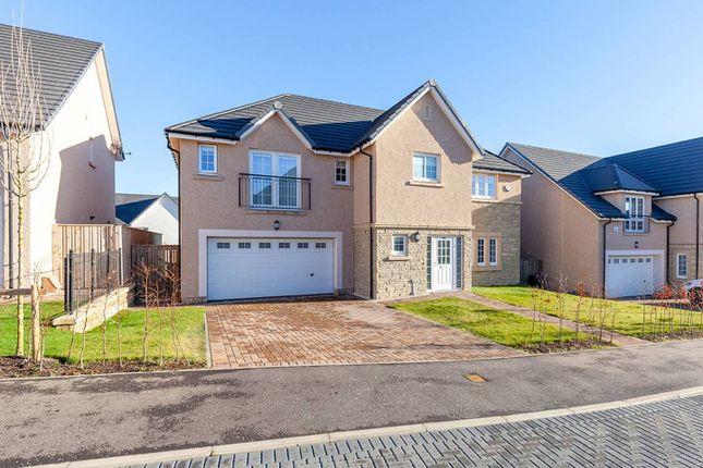 Thumbnail Detached house for sale in Ashgrove Gardens, Loanhead, Midlothian