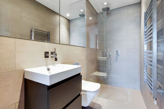 7_Bathroom-0 of Principal, Worship Street, London EC2A