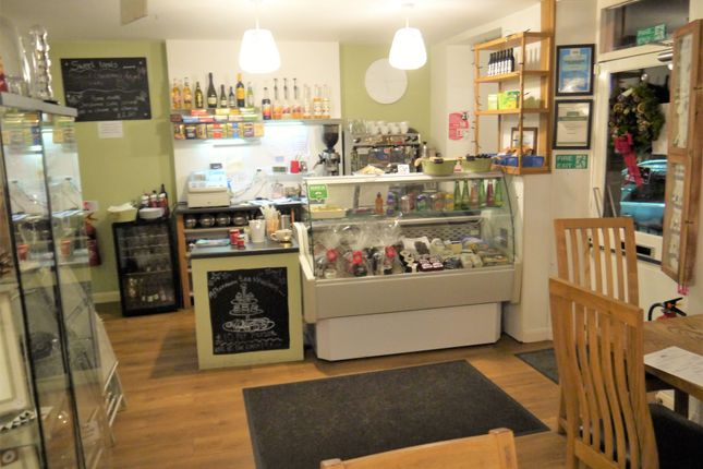 Restaurant/cafe for sale in Cafe & Sandwich Bars S36, South Yorkshire