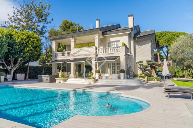 Villa for sale in Spain, Barcelona, Castelldefels, La Pineda, Gav23468