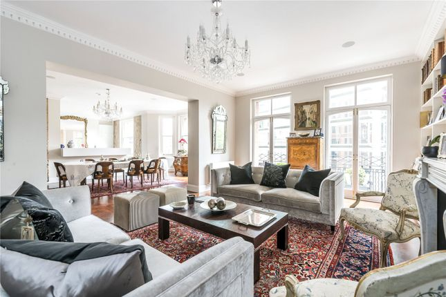Thumbnail Flat for sale in Evelyn Mansions, Carlisle Place, London