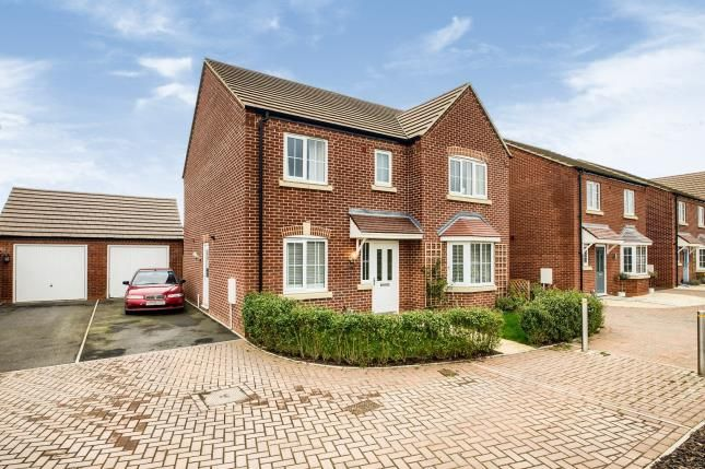 Thumbnail Detached house for sale in Harding Way, Evesham, Worcestershire
