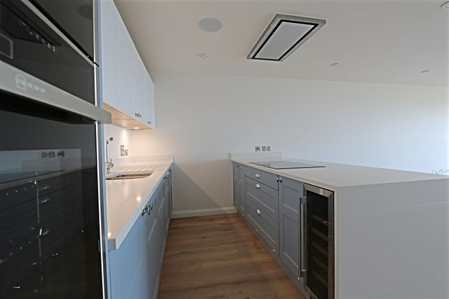 Kitchen 3 of Watergate Road, Newquay TR7