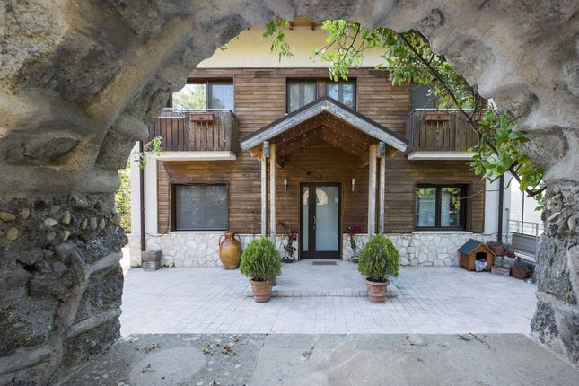 5 bed town house for sale in Strada Erodiano, 01100 San Martino Al Cimino Vt, Italy