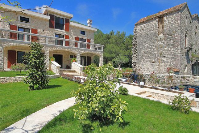 Thumbnail Villa for sale in Kotor, Prčanj - Exclusive Waterfront Villa Of 497m2, Prcanj, Kotor, Montenegro