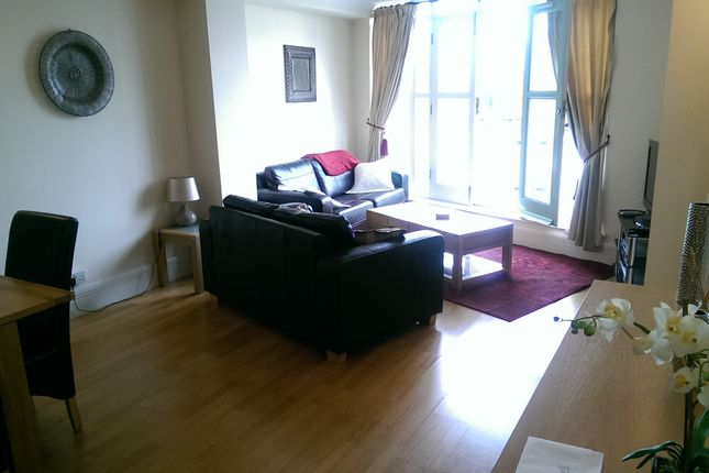 1 bed flat to rent in Jacobs Island Se1, London Se1